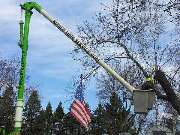 Knuckle Boom Crane Wauwatosa Tree Trimming
